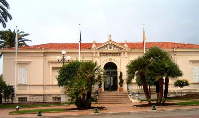 Hôtel de ville de roquebrune