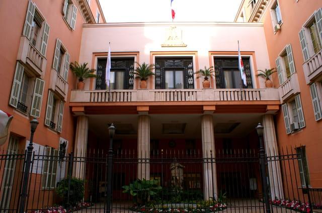 Hôtel de ville niçois