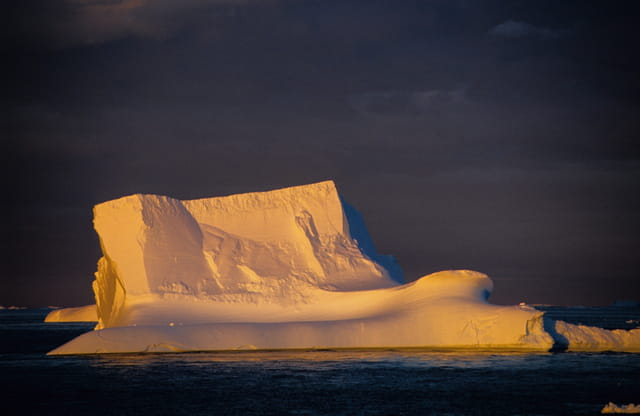 Iceberg au couchant