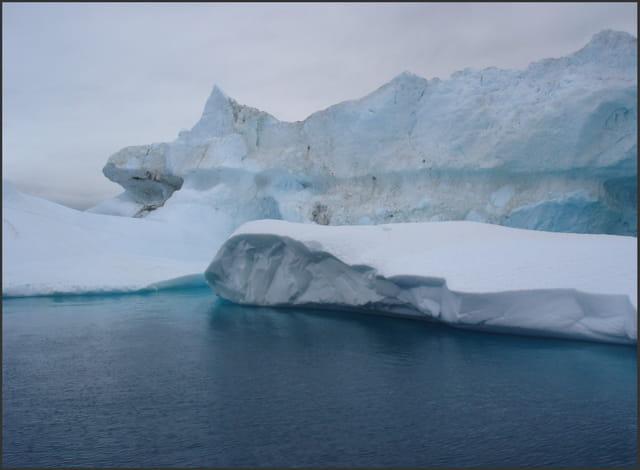 Iceberg bleu