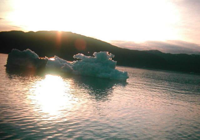Iceberg : Lumière et pénombre