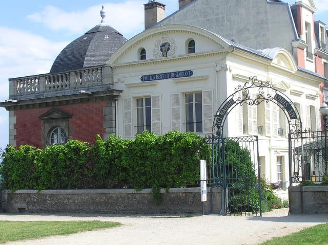 Ici naquit Louis XIV