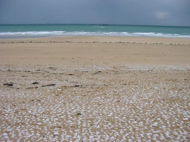 Il neige sur la plage