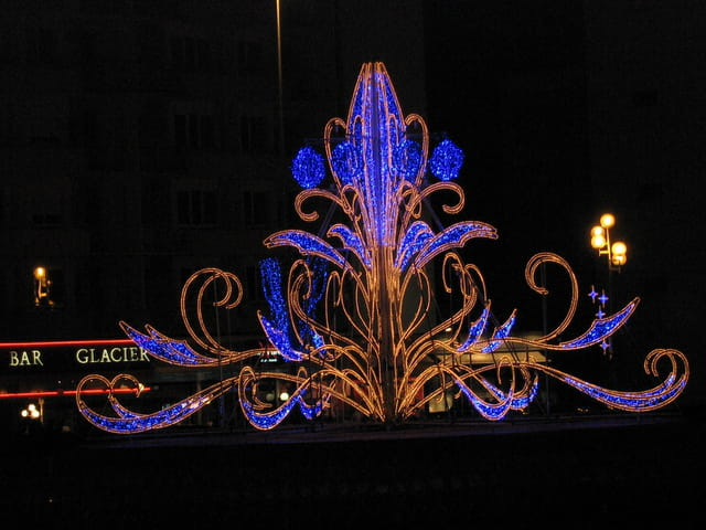 Illumination de no l par georgette picout sur l 39 internaute for Illumination exterieure pour noel