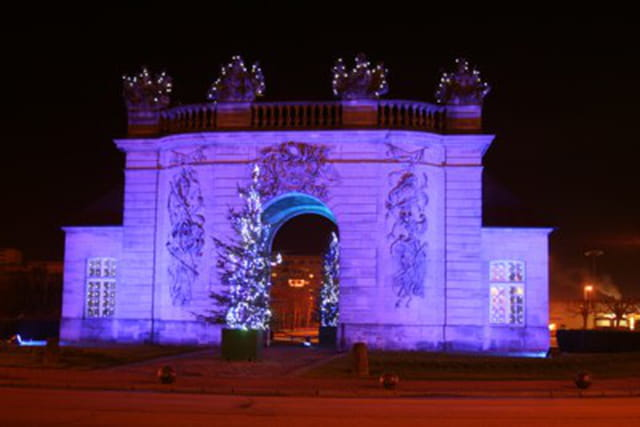 Illumination porte du pont