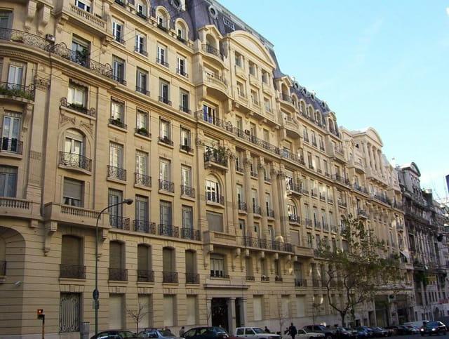 Immeuble Haussmannien Par Thomas Roulleau Sur L Internaute