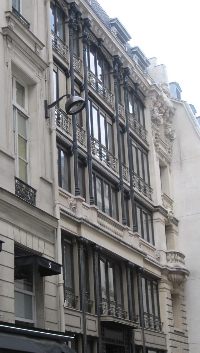 Immeuble rue Saint Marc à Paris