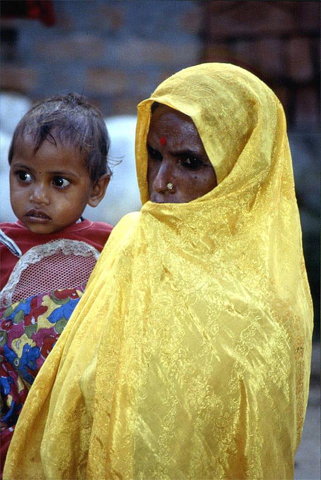 Indienne et son enfant