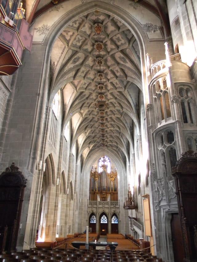 Intérieur de la cathédrale de Berne