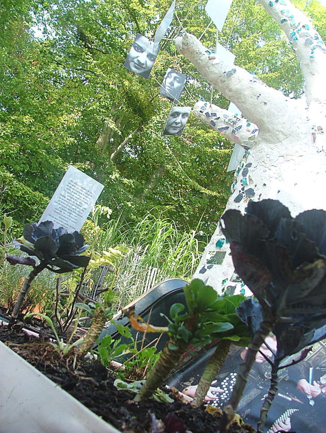 jardin de chaumont sur loire par sabine buisson sur l 39 internaute. Black Bedroom Furniture Sets. Home Design Ideas