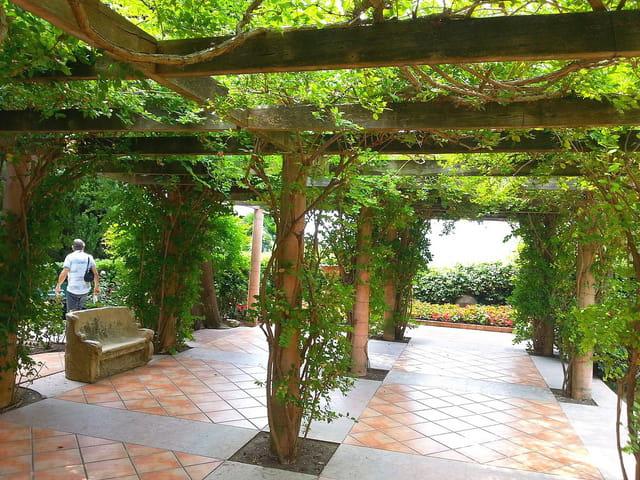 Jardin espagnol et florentin 15 par jean pierre marro for Jardin en espagnol