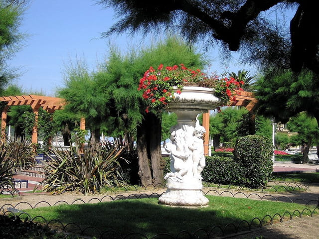 Jardins de l'hôtel de ville-San Sebastian (2)