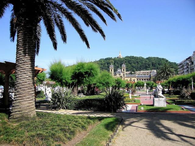 Jardins de l'hôtel de ville-San Sebastian (8)