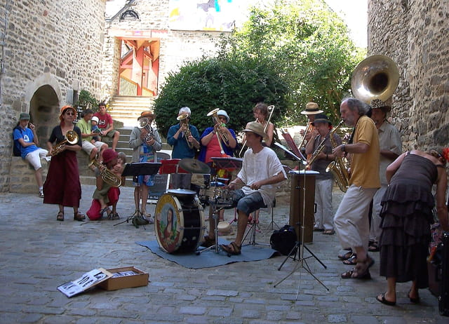 Jazz band au coin de la rue