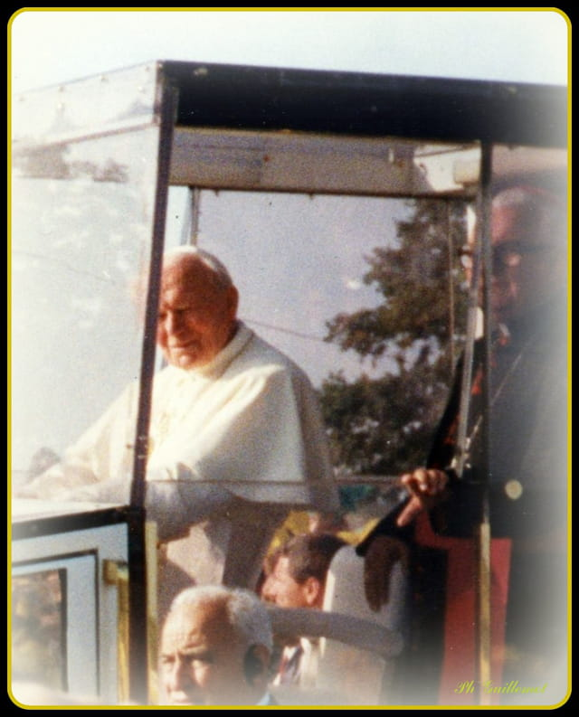 Jean-paul II à Ste Anne d'Auray le 20-09-1996.