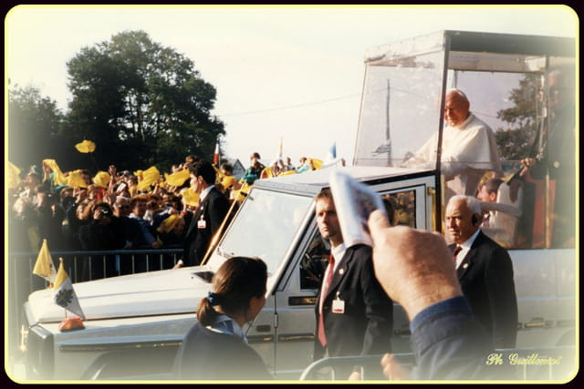 Jean-Paul II à Ste Anne d'Auray 20-09-1996.
