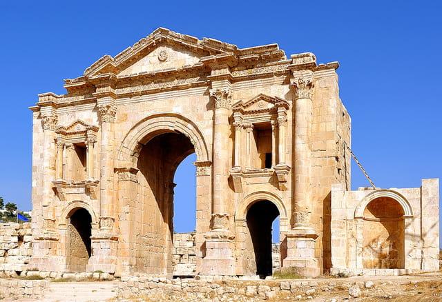 Jerash, Arc d'Hadrien.