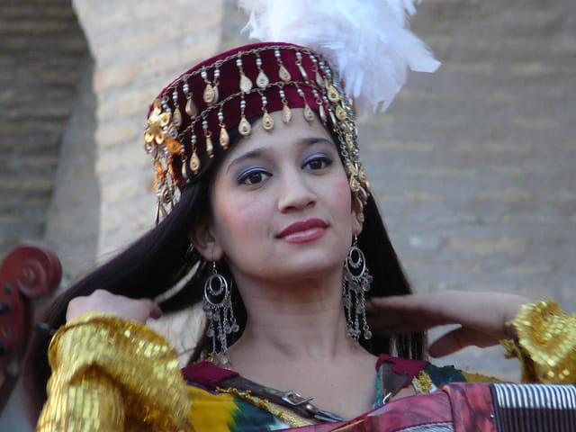 Jeune femme ouzbek
