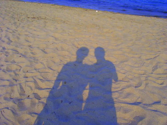 Jeux d'ombre sur la plage