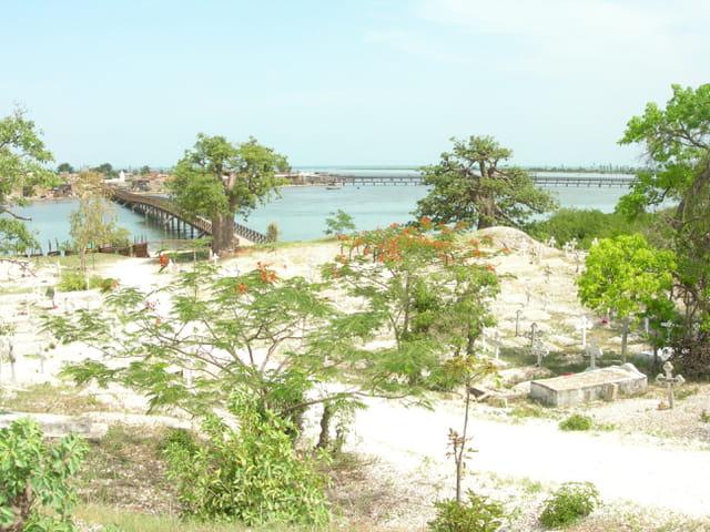 Joal-Fadiouth vue de l'île aux coquillages
