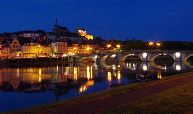 Joigny, la nuit