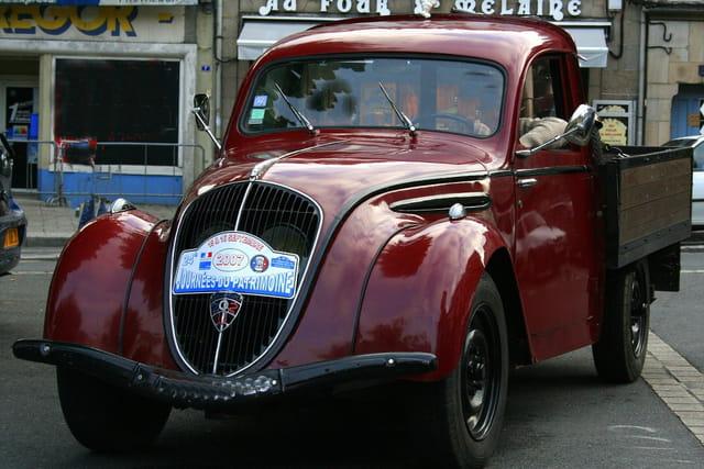 Journée du patrimoine, Peugeot 202  de dépannage