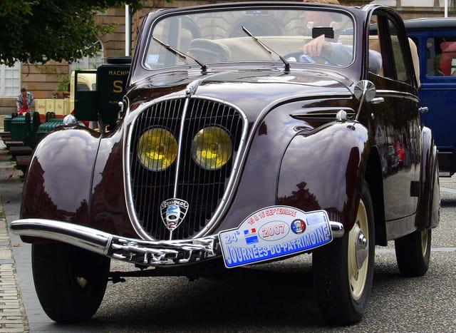 Journée du patrimoine, Peugeot, 202 décapotable.