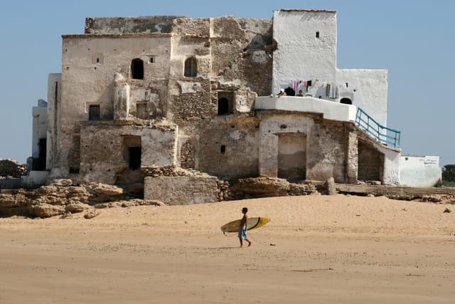 kid surfer