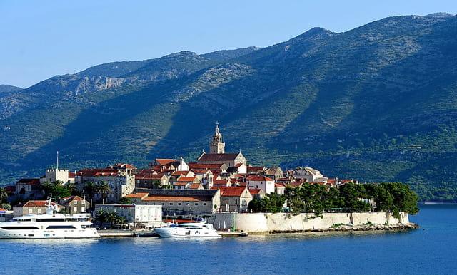 Korcula, un bijou posé sur le bleu de l'Adriatique...