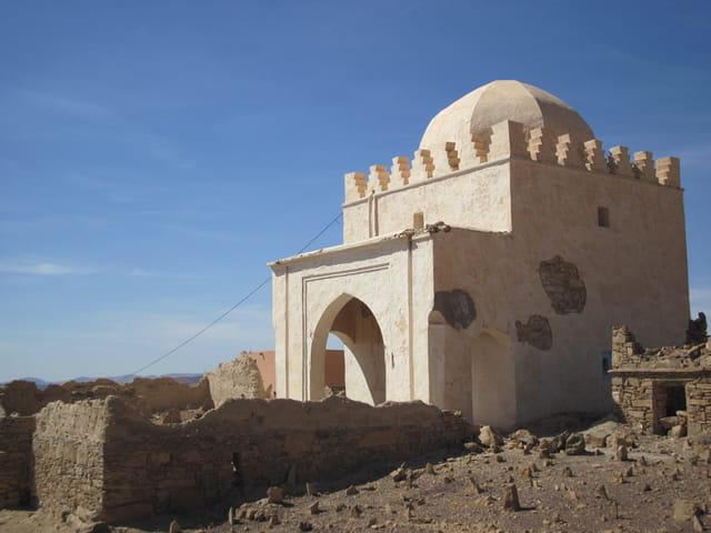 Kouba et son cimetière