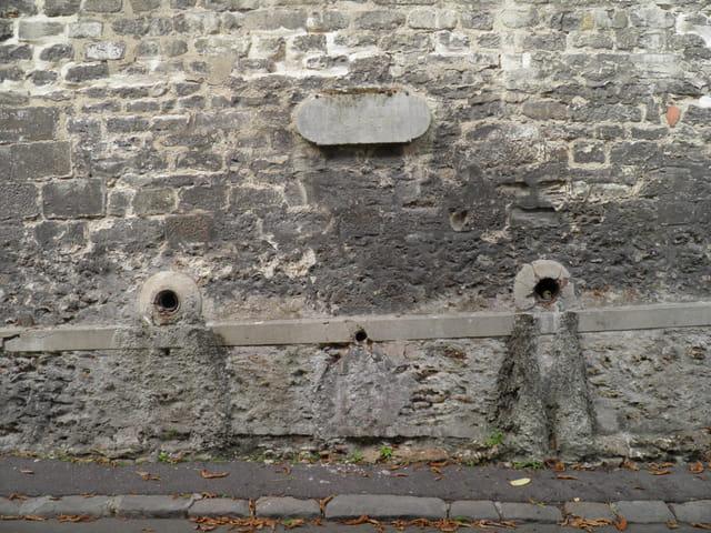 Patrimoine alpicois : la première fontaine royale, au Pecq