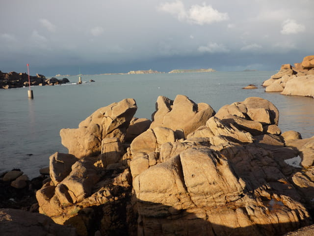 L'Archipel des Sept Iles vu de Ploumanach