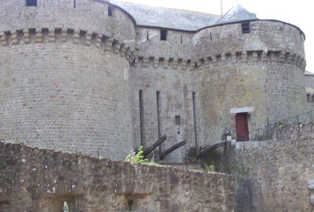 Lassay-lesChâteaux