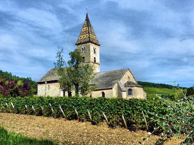 L'église côté vignes.