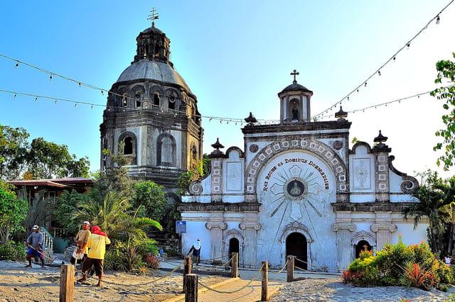 """""""L'église enterrée"""" de San Guillermo"""