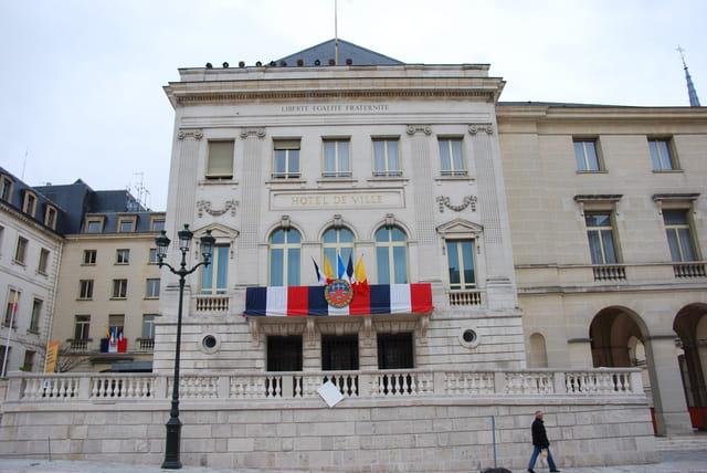 l'Hôtel de Ville d'Orléans