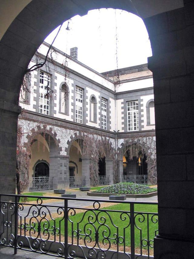 L'hôtel de ville de clermont