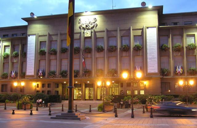 L'Hôtel de Ville de Poissy