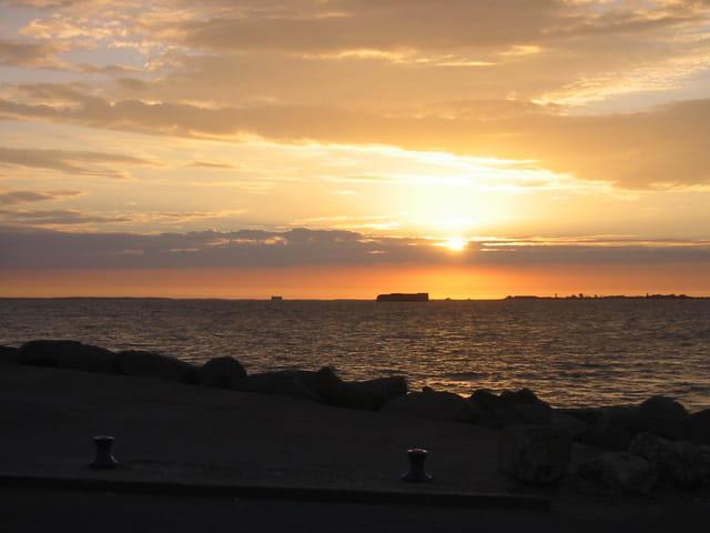 L'île d'Aix au coucher du soleil