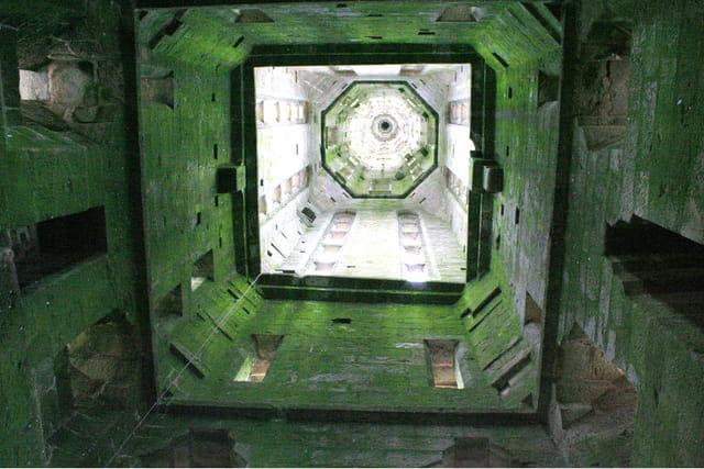 L'intérieur du clocher.