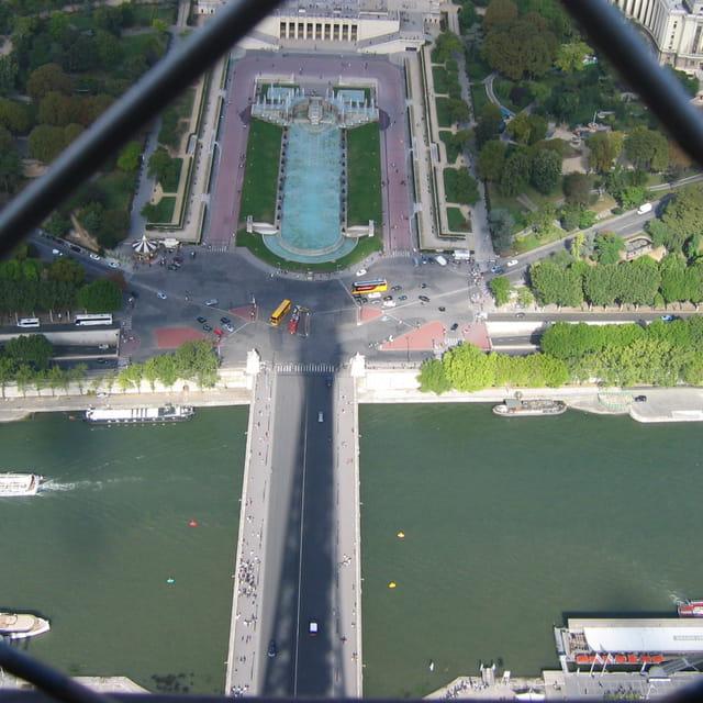 L'ombre sur le pont
