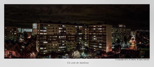 La banlieue, le soir