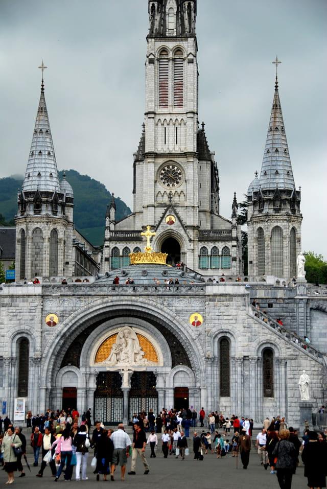 La basilique Notre-Dame du Rosaire