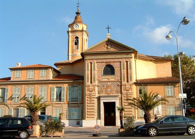 La belle église Saint-Roch