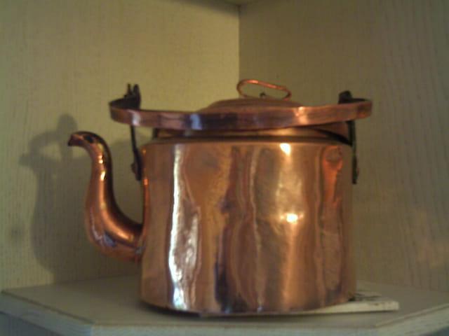La bouilloire en cuivre