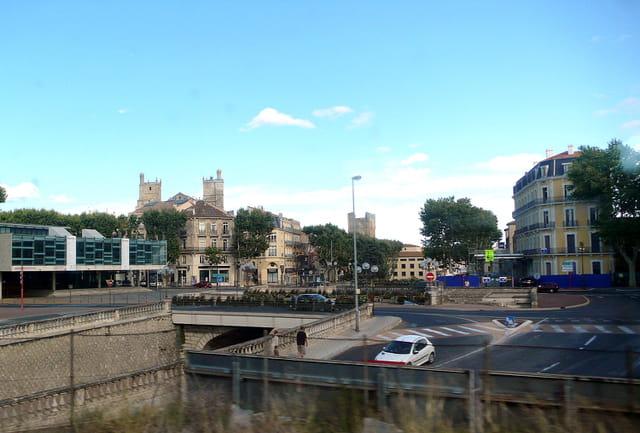 La cathédrale vue du train