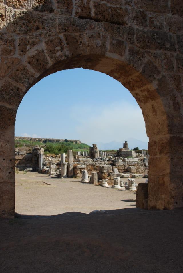 La cité gréco romaine de Pergé