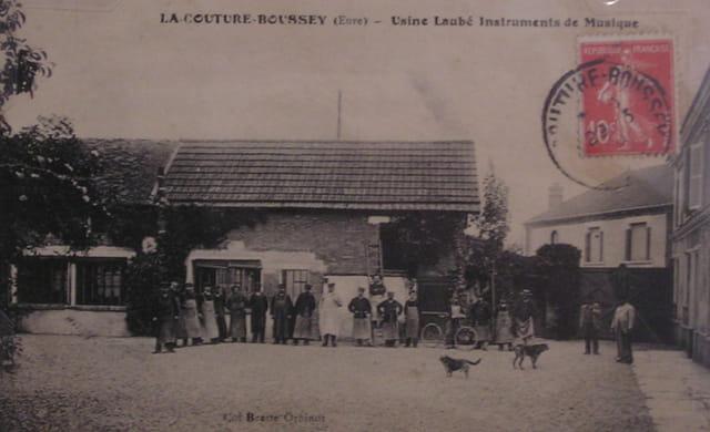 La Couture-Boussey Usine Laubé (Carte-Postale ancienne)