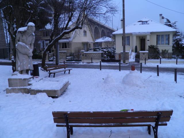 La Dame à la Cruche, sous la neige