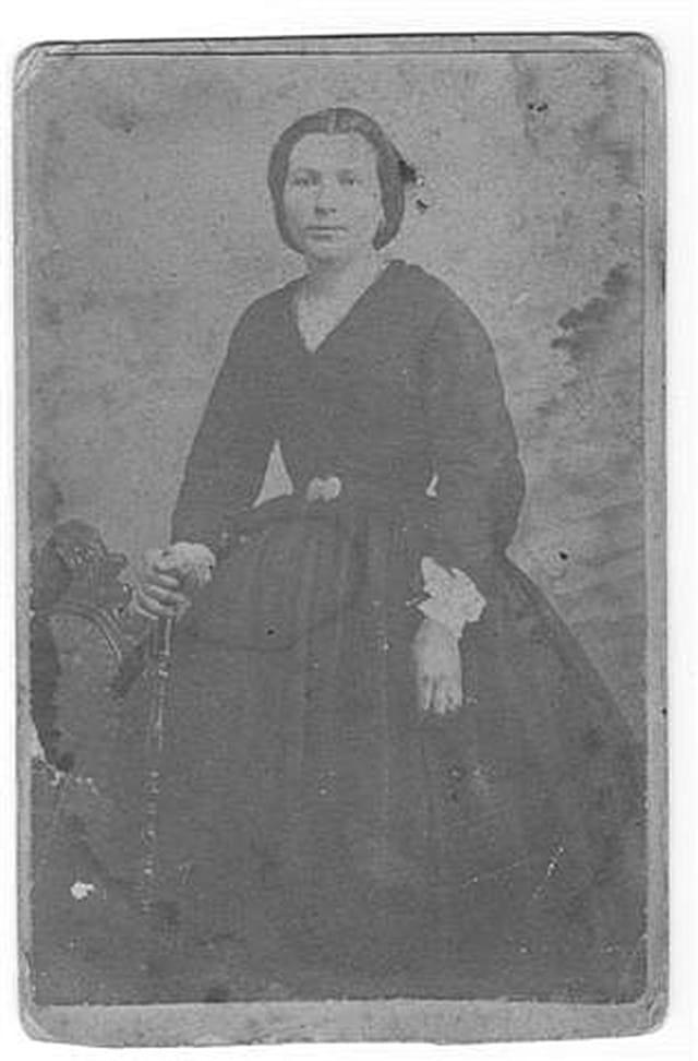 La dame brune en 1895